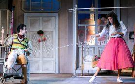 Театр имени Ленсовета представил комедию «Синьор из высшего общества»