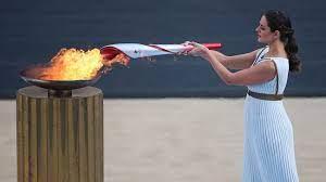 Олимпийский огонь зимних Игр-2022 доставили в Пекин