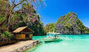 Филиппины отменяют карантин для привитых иностранных туристов
